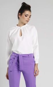 Bluzka Nommo z dekoltem typu choker