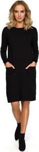 Czarna sukienka Merg z długim rękawem z okrągłym dekoltem