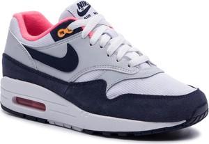 Buty sportowe Nike w sportowym stylu ze skóry ekologicznej sznurowane