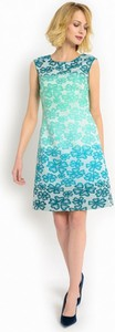 Żakardowa sukienka w kwiaty potis & verso blush