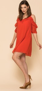 Czerwona sukienka VISSAVI z długim rękawem