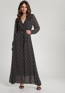 Czarna sukienka Renee z dekoltem w kształcie litery v maxi z długim rękawem
