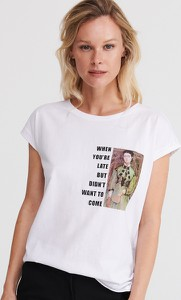 T-shirt Reserved z okrągłym dekoltem z krótkim rękawem