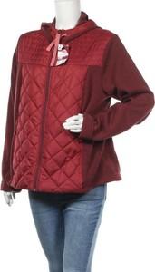 Czerwona kurtka Decathlon w stylu casual