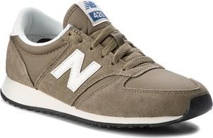 Brązowe buty sportowe new balance w sportowym stylu z płaską podeszwą z zamszu