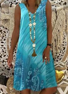 Niebieska sukienka Cikelly mini z dekoltem w kształcie litery v