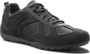 Czarne buty sportowe Geox z zamszu