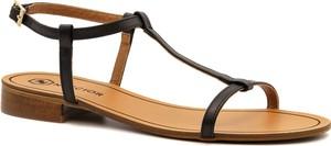 Czarne sandały Neścior z klamrami w stylu casual ze skóry