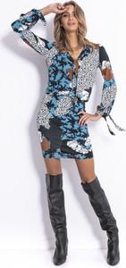 Sukienka Fobya z długim rękawem mini w stylu casual