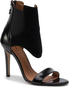 Czarne sandały Quazi z zamszu na wysokim obcasie