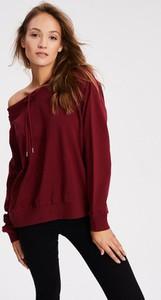 Czerwona bluza Diverse krótka w młodzieżowym stylu