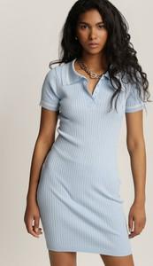 Sukienka Renee mini dopasowana z dekoltem w kształcie litery v