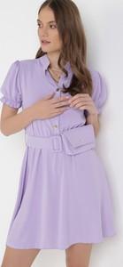 Fioletowa sukienka born2be trapezowa z krótkim rękawem