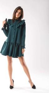 Zielona sukienka Nommo z długim rękawem koszulowa mini
