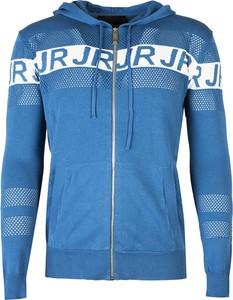Niebieski sweter ubierzsie.com w młodzieżowym stylu z bawełny