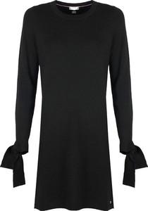 Czarna sukienka Tommy Hilfiger z wełny