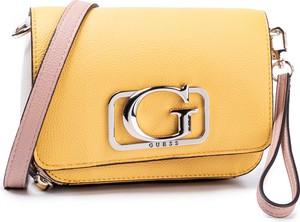 Żółta torebka Guess zdobiona z aplikacjami