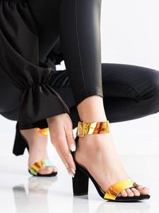 Czarne sandały Czasnabuty