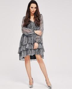 Sukienka Diverse z tkaniny z dekoltem w kształcie litery v z długim rękawem