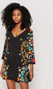 Sukienka Desigual z dekoltem w kształcie litery v w stylu casual