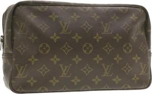 Brązowa kosmetyczka Louis Vuitton