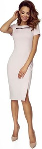 Różowa sukienka Pawelczyk24.pl midi ołówkowa