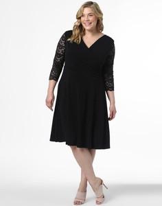 Sukienka Swing Curve dla puszystych z dekoltem w kształcie litery v midi