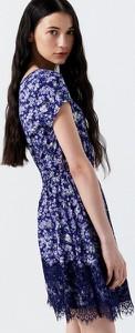 Sukienka Cropp z okrągłym dekoltem