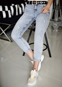 Niebieskie jeansy Fason w street stylu z bawełny