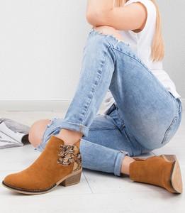 81b61e0ee4641 kowbojki damskie krótkie - stylowo i modnie z Allani