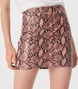 Spódnica Sinsay w młodzieżowym stylu