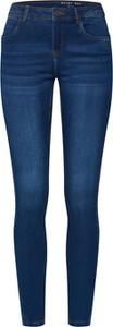 Niebieskie jeansy Noisy May w street stylu z jeansu