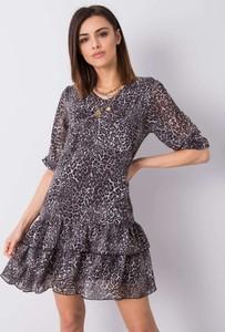 Sukienka Promese z dekoltem w kształcie litery v w stylu casual z długim rękawem