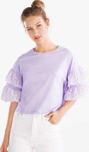 Niebieski t-shirt CLOCKHOUSE w młodzieżowym stylu z okrągłym dekoltem z krótkim rękawem