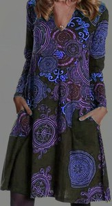 Sukienka Cikelly z dekoltem w kształcie litery v z długim rękawem w stylu casual