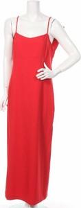 Czerwona sukienka Almatrichi maxi z dekoltem w kształcie litery v