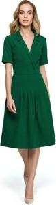 Sukienka Style z krótkim rękawem midi z dekoltem w kształcie litery v