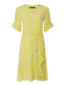 Żółta sukienka Marc Cain w stylu casual z krótkim rękawem rozkloszowana