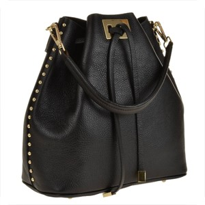 0615f6ad7ffd6 Vera pelle torebka skórzana czarna, worek z ćwiekami