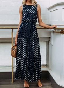 Sukienka Sandbella bez rękawów trapezowa z okrągłym dekoltem