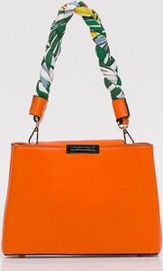 Pomarańczowa torebka Monnari mała ze skóry ekologicznej