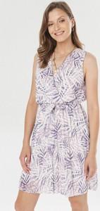 Sukienka born2be bez rękawów mini z dekoltem w kształcie litery v