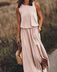 Różowa sukienka Kendallme bez rękawów z okrągłym dekoltem