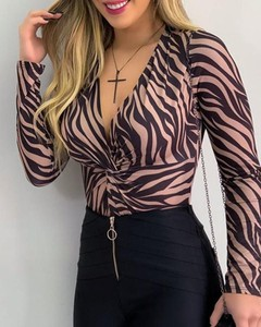 Bluzka Kendallme z dekoltem w kształcie litery v