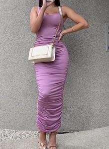 Fioletowa sukienka Arilook na ramiączkach midi ołówkowa