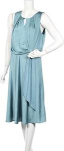 Niebieska sukienka Debut
