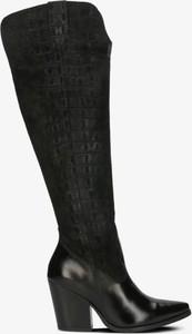 Czarne kozaki Symbiosis w stylu boho przed kolano na zamek