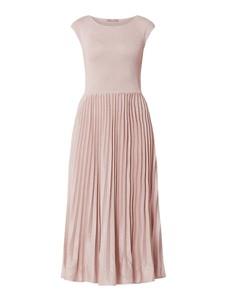 Sukienka Jake*s Collection rozkloszowana