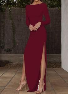 Czerwona sukienka Arilook z długim rękawem maxi