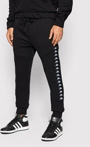 Czarne spodnie sportowe Kappa w sportowym stylu